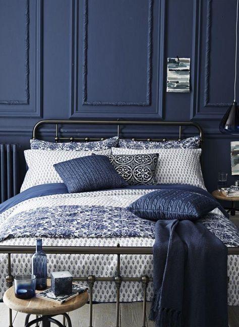 Chambre Bleue Indigo avec accessoires coussins