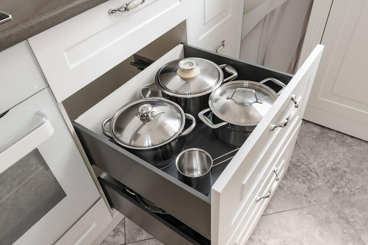 placard-ou-tiroirs-que-choisir-pour-votre-cuisine