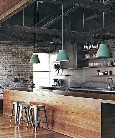 Pan de travail bar en bois de style industriel